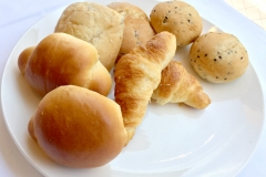 ホテル福岡アルティ・イン朝食パン